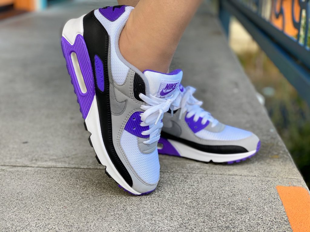 From Pinup To Street Style Styling The Nike Air Max 90 Hyper